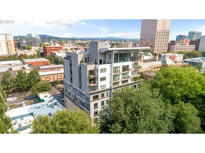 Portland Condo/Townhouse For Sale: 300 NW 8th Ave #309