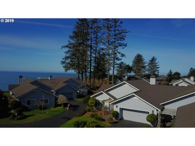 Brookings Single Family Home For Sale: 224 Schooner Bay Dr