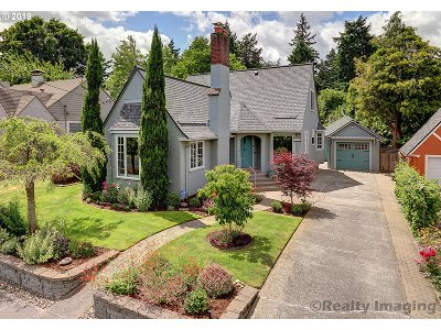Portland Single Family Home For Sale: 4217 NE 38th Ave