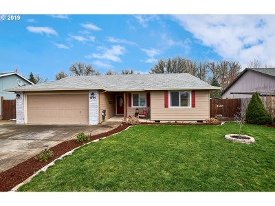 Newberg, Dundee, Mcminnville, Lafayette Single Family Home For Sale: 1330 SW Darci Dr