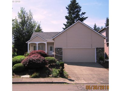 Camas Single Family Home For Sale: 5619 NW Jackson St