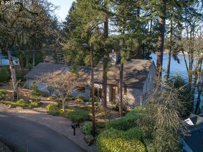 Clackamas County Single Family Home For Sale: 1451 Horseshoe Curv