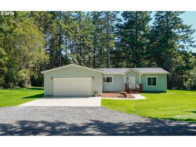 Bandon Single Family Home For Sale: 58400 Jackie Rd