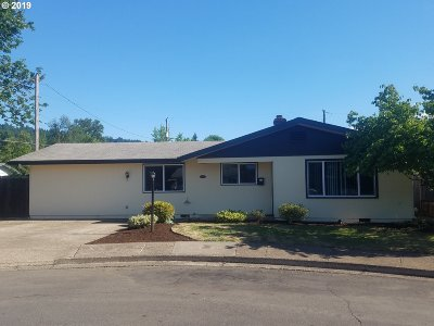 Cottage Grove, Creswell Single Family Home For Sale: 1081 E Jackson Ave