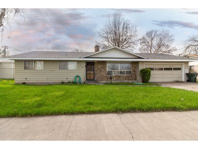 Hermiston Single Family Home For Sale: 115 W Highland Ave