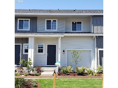 Vancouver Single Family Home For Sale: 2206 NE 115th Ct #215