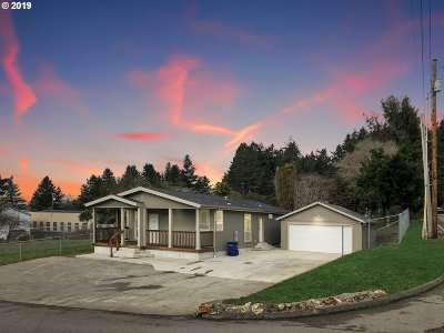 Brookings Single Family Home For Sale: 98227 E Benham Ln