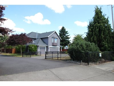 Oregon City Single Family Home For Sale: 13287 Moccasin Way