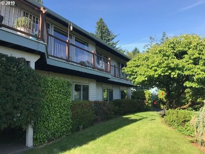 Vancouver Single Family Home For Sale: 8604 SE Middle Way
