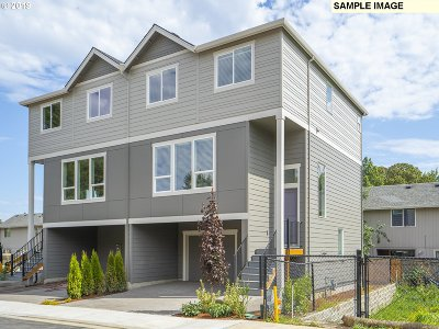 Beaverton, Aloha Single Family Home For Sale: 3821 SW Ekin Ter