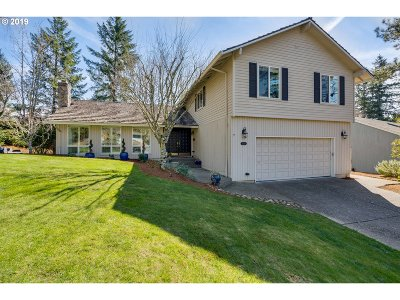 Single Family Home For Sale: 4250 SW 48th Pl