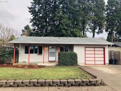 Springfield Single Family Home For Sale: 1065 57th St