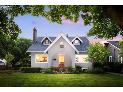 Portland Single Family Home For Sale: 4111 NE Laddington Ct
