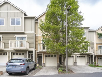 Beaverton Condo/Townhouse For Sale: 18425 SW Stepping Stone Dr