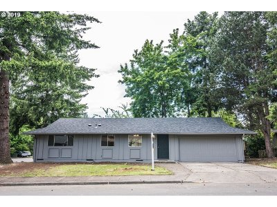 Beaverton Single Family Home For Sale: 17930 SW Vincent St