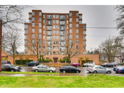 Portland Condo/Townhouse For Sale: 1132 SW 19th Ave #412