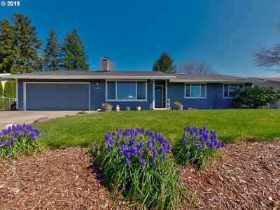 Canby Single Family Home For Sale: 2760 N Maple St