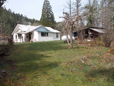 Glide Multi Family Home For Sale: 2074 Cavitt Creek Rd