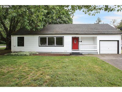 Forest Grove Single Family Home For Sale: 2634 17th Ave