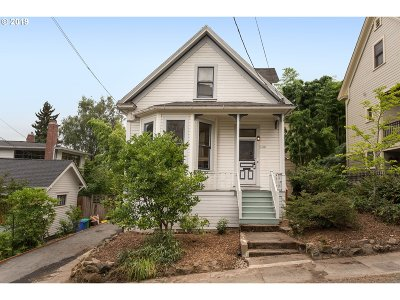 Portland Single Family Home For Sale: 1518 SW 19th Ave