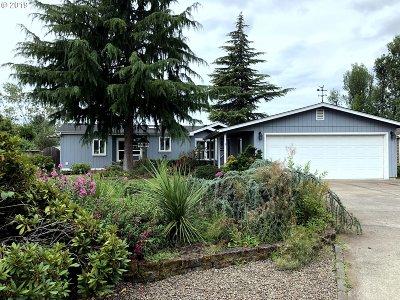 Eugene Single Family Home For Sale: 34757 Devonshire Dr