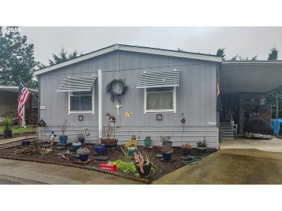 Winston Single Family Home For Sale: 171 SE Twin Oaks Loop
