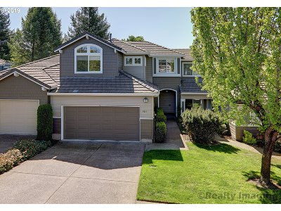Portland Single Family Home For Sale: 9814 NW Silver Ridge Loop
