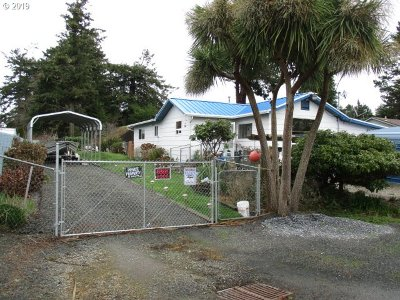 Coos Bay Single Family Home For Sale: 766 Grant
