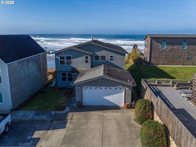 Bandon Single Family Home For Sale: 2464 Beach Loop Drive SW