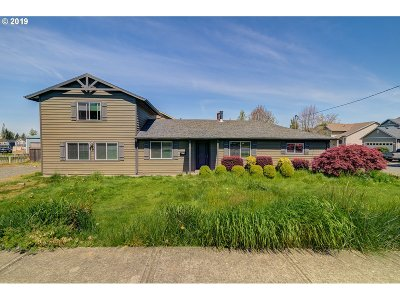 Gresham Single Family Home For Sale: 4789 SE Welch Rd