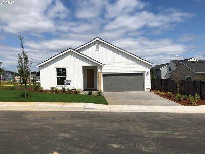 St. Helens Single Family Home For Sale: 59610 Camden St