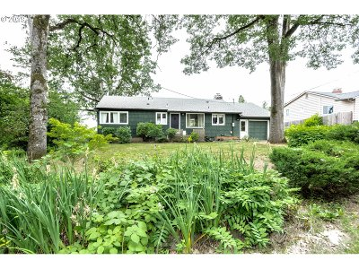 Portland Multi Family Home For Sale: 12607 SW 64th Ave