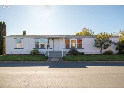 Newberg, Dundee, Mcminnville, Lafayette Single Family Home For Sale: 1145 SW Cypress St #36