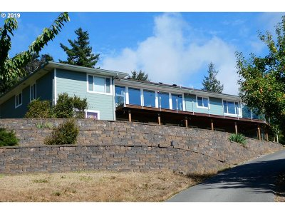 Gold Beach Single Family Home For Sale: 29697 Park Dr