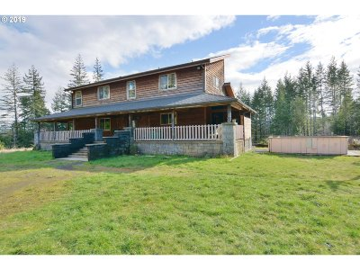 Coquille OR Single Family Home For Sale: $525,000