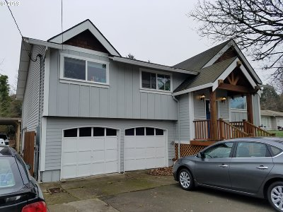 Milwaukie Single Family Home For Sale: 13012 SE Rusk Rd