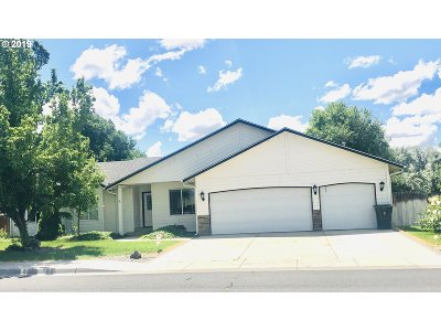Umatilla County Single Family Home For Sale: 785 W Johns Ave