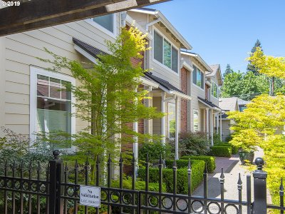 Lake Oswego Condo/Townhouse For Sale: 438 5th St