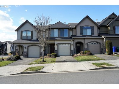 Clackamas County Single Family Home For Sale: 16415 SE Pyrite St