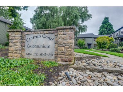 Condo/Townhouse For Sale: 3719 SE 42nd Ave