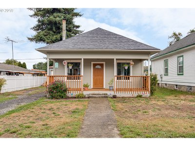 Woodland Single Family Home For Sale: 426 Dunham Ave