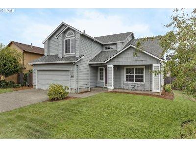 Hillsboro Single Family Home For Sale: 3164 NE 1st Pl