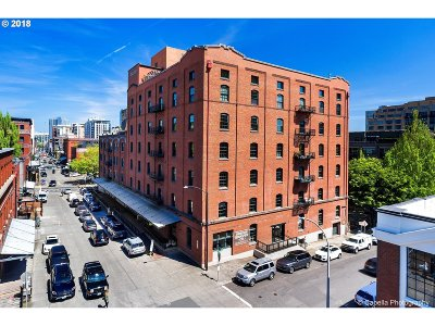 Condo/Townhouse For Sale: 416 NW 13th Ave #305