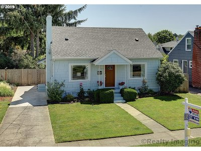Single Family Home For Sale: 5936 SE 22nd Ave