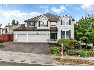Beaverton Single Family Home For Sale: 12070 SW Turnstone Ave