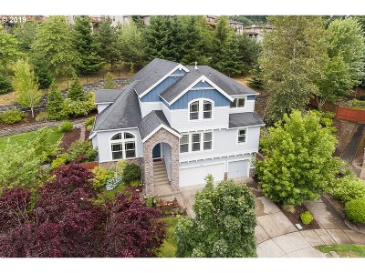Happy Valley Single Family Home For Sale: 12619 SE Whisper Ct