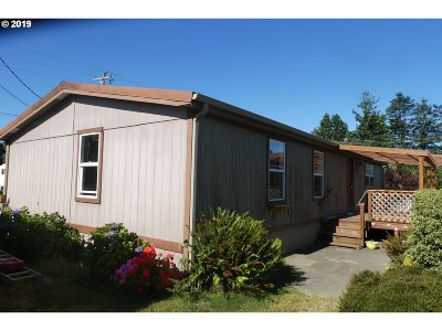 Gold Beach OR Single Family Home For Sale: $75,000