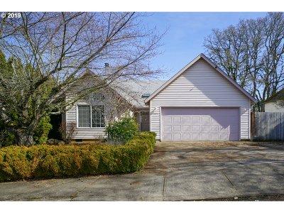 Salem Single Family Home For Sale: 5679 Moonstone Loop SE