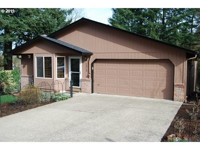 Camas Single Family Home For Sale: 1316 NW Maple Ln