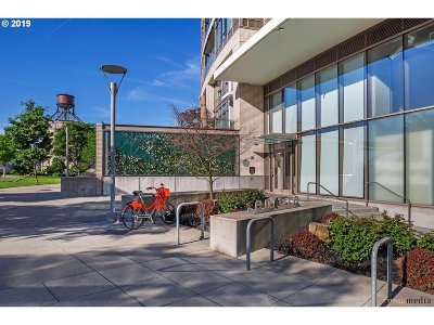 Condo/Townhouse For Sale: 949 NW Overton St #1305